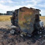 Pożar prasy do słomy w Olszewie (15) (10)