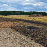 Pożar prasy do słomy w Olszewie (15) (11)
