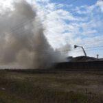 Pożar złomowiska w Przysiece Polskiej (13)