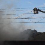 Pożar złomowiska w Przysiece Polskiej (20)