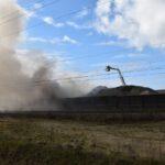 Pożar złomowiska w Przysiece Polskiej (21)