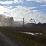Pożar złomowiska w Przysiece Polskiej (24)