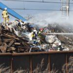 Pożar złomowiska w Przysiece Polskiej (35)