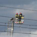 Pożar złomowiska w Przysiece Polskiej (36)