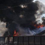 Pożar złomowiska w Przysiece Polskiej (6)