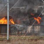 Pożar złomowiska w Przysiece Polskiej (7)