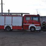 Pożar złomowiska w Przysiece Polskiej (8)