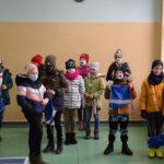 Prezenty dla dzieci od powiatu (4)