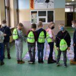Prezenty dla dzieci od powiatu (5)