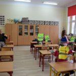 Prezenty dla dzieci od powiatu (8)