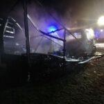 Spłonęły dwa samochody (1)