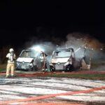 Spłonęły dwa samochody (3)