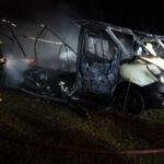 Spłonęły dwa samochody (5)