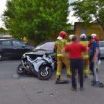 Zderzenie osobówki i motocykla na Nacławskiej (6)